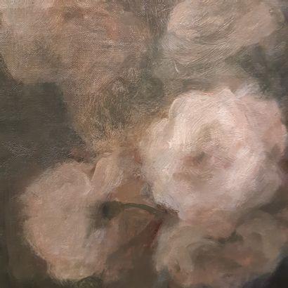 Henri Julien DUMONT (1859-1921) Bouquet of roses Oil on canvas, signed upper left....