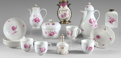 BERLIN Four cups and saucers, milk jug, pourers and small tray, with camaïeu decoration...
