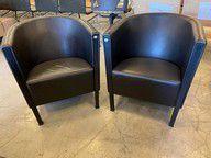 MOROSO Paire de fauteuil, structure en métal, garniture de cuir noir  H : 68 cm,...