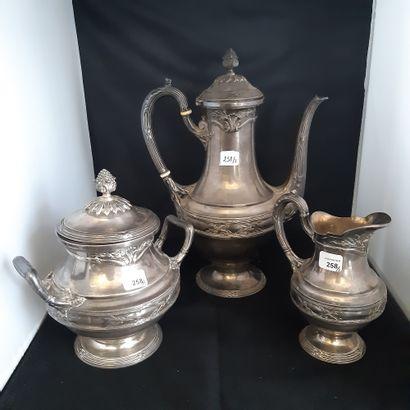 Service à thé trois pièces en argent 950...