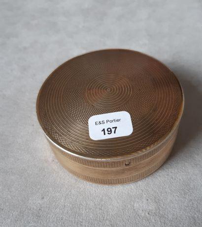 Boîte de forme ronde en vermeil 925 millièmes...