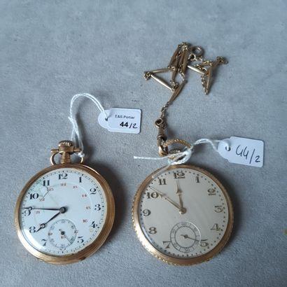Lot en or jaune 750 millièmes et métal comprenant : deux montres de poche à remontoir...