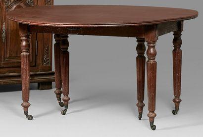 Grande table de salle à manger ovale en acajou...