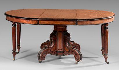 Grande table de salle à manger à allonges...