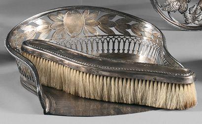 Ramasse-miettes avec brosse et pelle en argent...