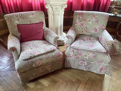 Paire de fauteuils capitonnés 82 x 73 x 75...