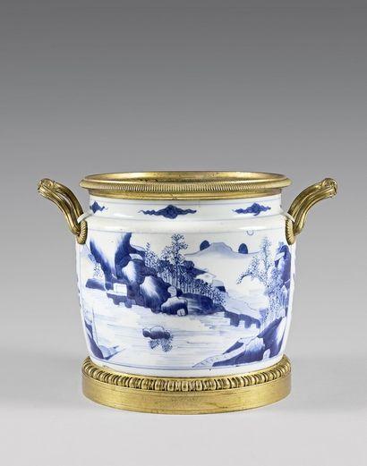 Seau à rafraîchir en porcelaine de Chine...