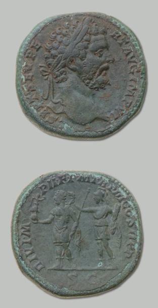 SEPTIME SEVERE (193-211) Sesterce. Sa tête...