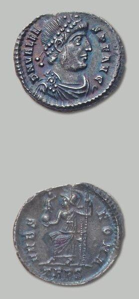 VALENS (364-378) Silique. Trèves. Son buste...