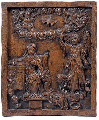 Bas-relief en bois sculpté d'une scène de...