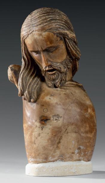 Buste de Christ en marbre aux longs cheveux...