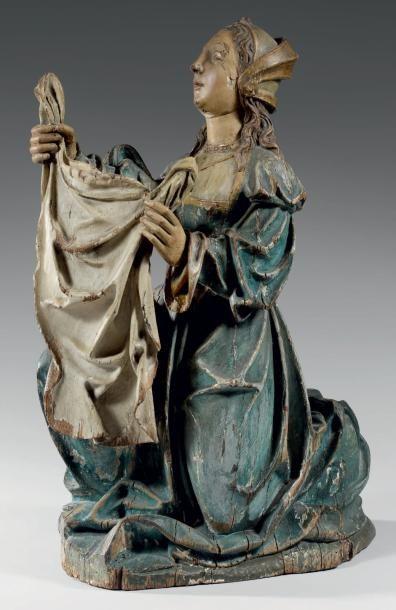 Statue d'applique en chêne polychrome représentant...