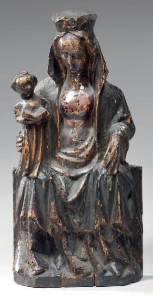 Vierge à l'Enfant couronnée en bois de résineux...