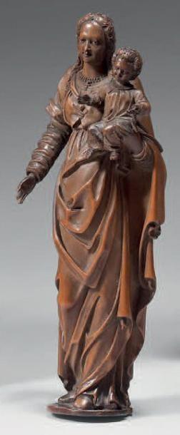 Statuette de Vierge à l'Enfant aux longs...