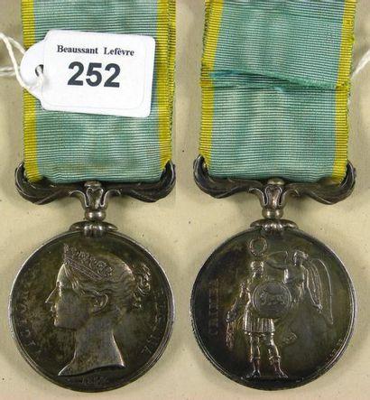 Second Empire - Angleterre, médaille de Crimée,...