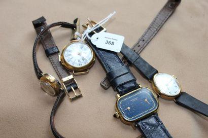 Lot comprenant: montre de col en or, transformée...