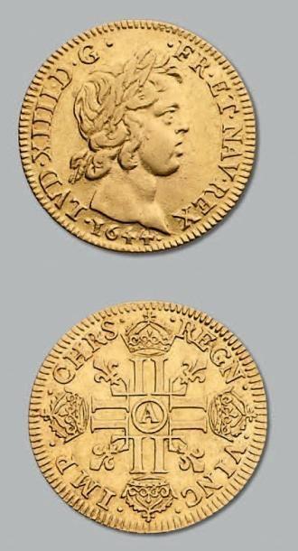 Louis d'or à la mèche courte. 1644. Paris....