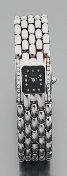 Montre-bracelet de dame en acier, le cadran...