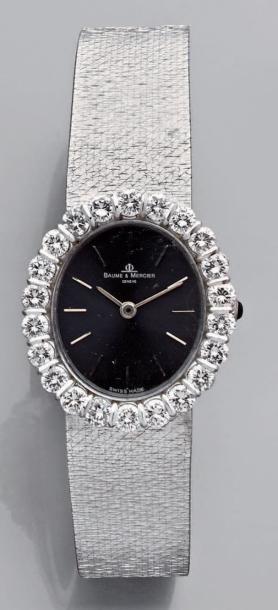 Montre-bracelet de dame, ovale, en or gris,...