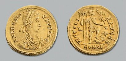 Arcadius (383-408) Solidus. 4,42 g. Ravenne. Son buste diadémé à droite. R/ Arcadius...