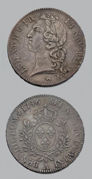 LOUIS XV (1715-1774) Écu au bandeau. 1746....