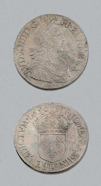 LOUIS XIV (1643-1715) Écu à la mèche longue....
