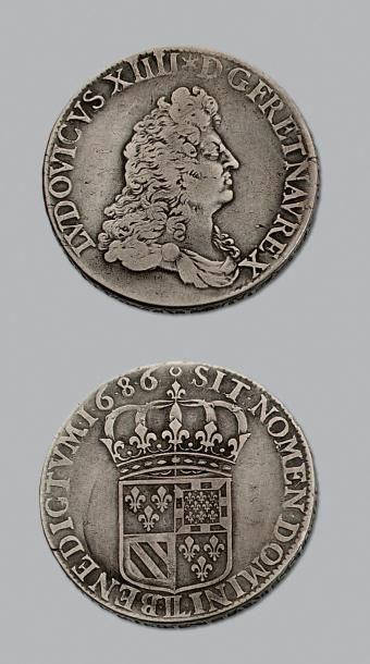 LOUIS XIV (1643-1715) Écu de Flandre. 1686....