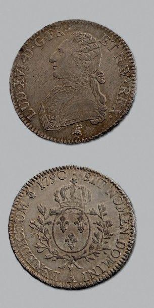 LOUIS XVI (1774-1793) Écu aux rameaux d'olivier....