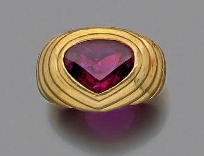 Bague «coeur» en or jaune 750 millièmes,...