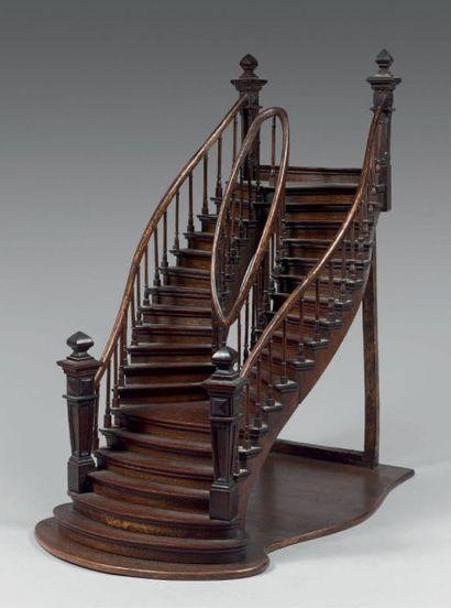 Maquette de maîtrise constituée d'un escalier...