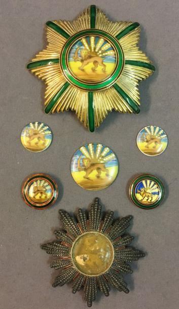 Iran - Ordre d'Homayoun, succède en 1939...
