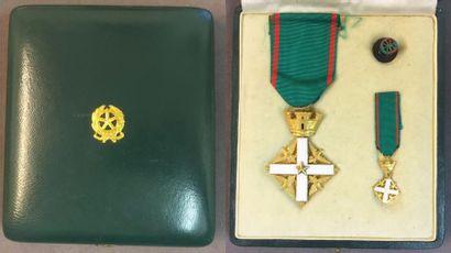 Italie - Ordre du Mérite de la République,...