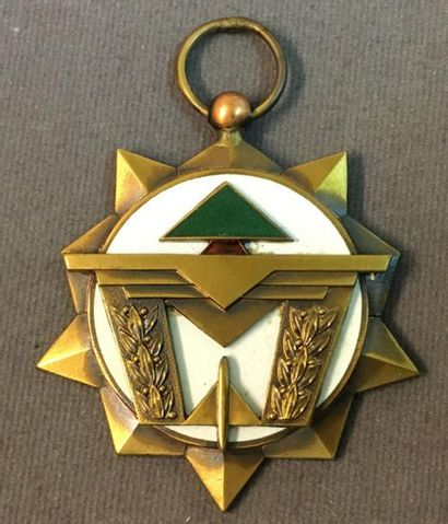Liban - Médaille de l'Aigle (mérite aéronautique)...