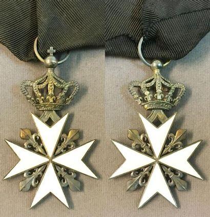 Ordre de Malte, croix de chevalier sans trophée,...