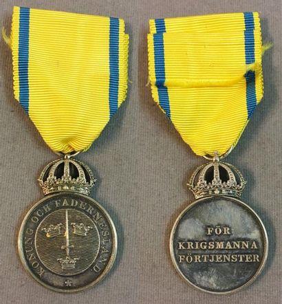 Suède - Ordre de l'Épée, médaille de l'ordre...
