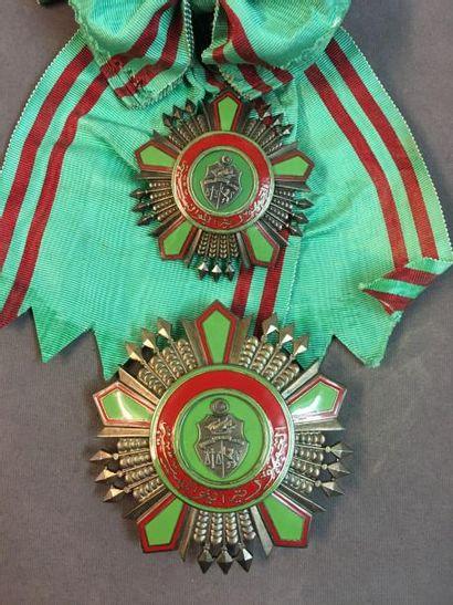 Tunisie - Ordre de la République, fondé en...