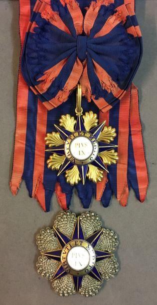 Vatican - Ordre de Pie IX, fondé en 1847, ensemble de grand-croix de fabrication...