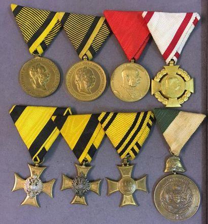 Autriche-Hongrie - Lot de huit médailles...