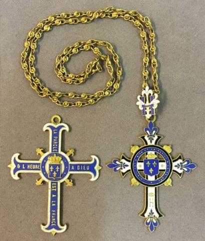Comte de Chambord, lot de deux croix royalistes...
