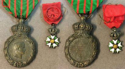 Second Empire, lot de deux: une médaille...