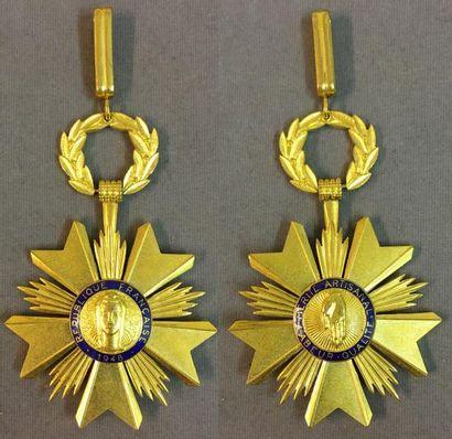 Ordre du Mérite Artisanal, fondé en 1948,...