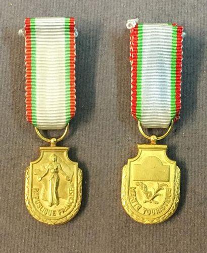 Ordre du Mérite Touristique, fondé en 1949,...