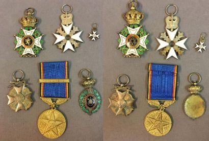 Belgique - Lot de six: ordre de Léopold, croix d'officier à titre civil en vermeil...