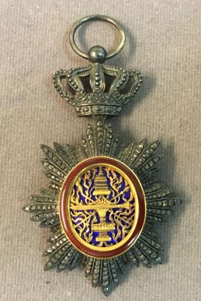 Cambodge - Ordre Royal du Cambodge, insigne...
