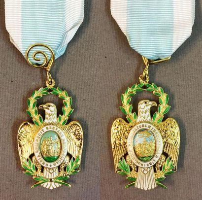 États-Unis d'Amérique (USA) - Société des Cincinnati, fondé en 1783, insigne de...