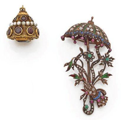 Lot comprenant: pendentif dôme en or 750...
