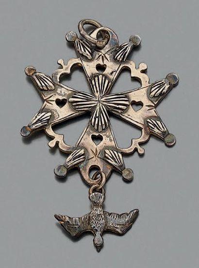 Croix pendentif huguenote en argent gravé...