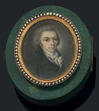 Miniature ovale figurant un portrait d'homme...