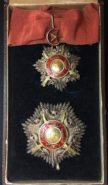 Ordre du Medjidié, fondé en 1852, ensemble...