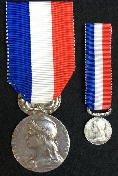Médaille d'honneur du Gouvernement Général...